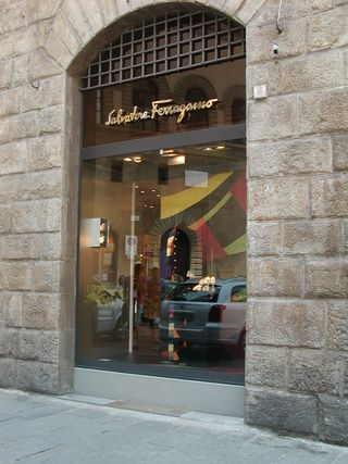 SFerragamo_shop_1