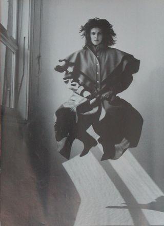 Fendi_coat_ArthurElgort_1981