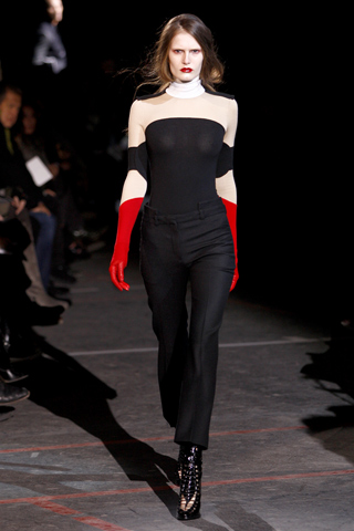 Givenchy_AW10_b