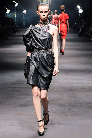Lanvin_SS10_leather