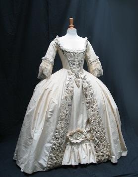 Helena_Bonham_Carter_Frankenstein_dress