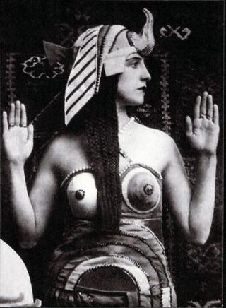 1918SonyaDelaunaysCleopatra