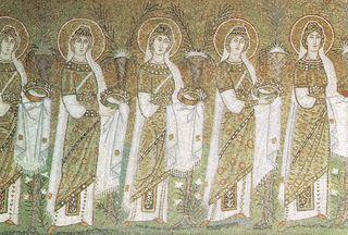 Ravenna_SantApollinaris_Virgins