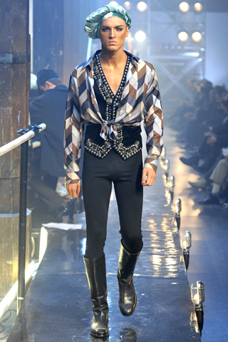 JohnGalliano_AW1112_g
