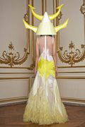 Givenchy_SS11_b