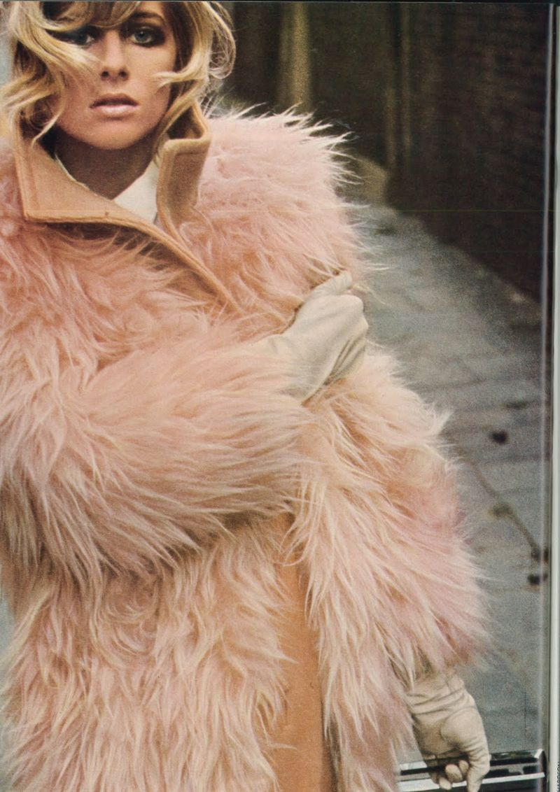 Vogue_Sept_1966_UK