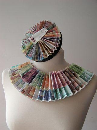 BanknoteNecklace_Hat2_byABattista