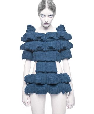 Sandra_Backlund_knitted_dress_Image_credit_John_Scarisbrick
