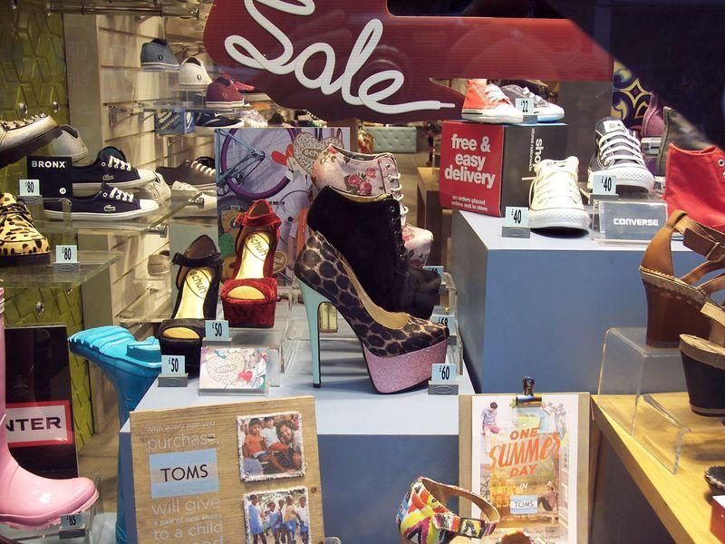 GlasgowShoes_Windows_byAnnaBattista (1)
