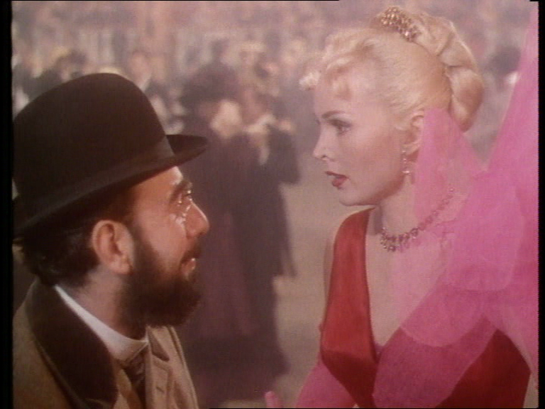 MoulinRouge_Screen6_byABattista