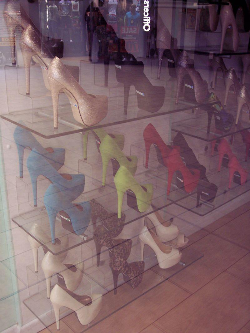 GlasgowShoes_Windows_byAnnaBattista (2)