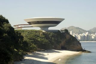 Niemeyer_Contemporary Art Museum (MAC)_Niteroi