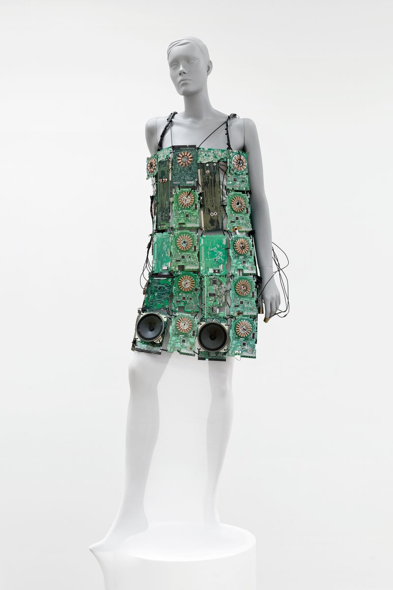 4circuitdress