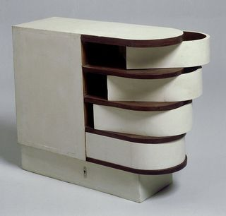 EileenGray_cabinet_swivel
