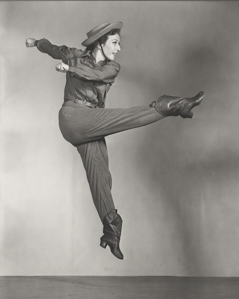 AGNES-DE-MILLE-by-Maurice-Seymour-1942