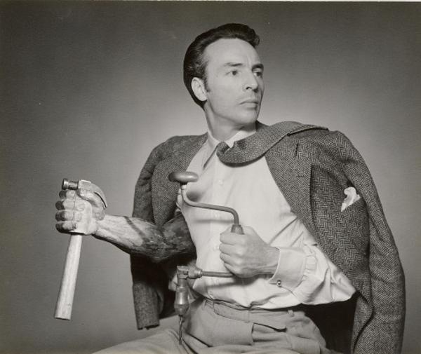 GEORGE-BALANCHINE-by-George-Platt-Lynes-1941-500x421