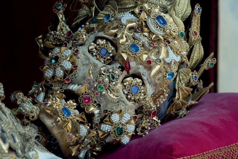 P.48-9 St Benedictus © Paul Koudounaris