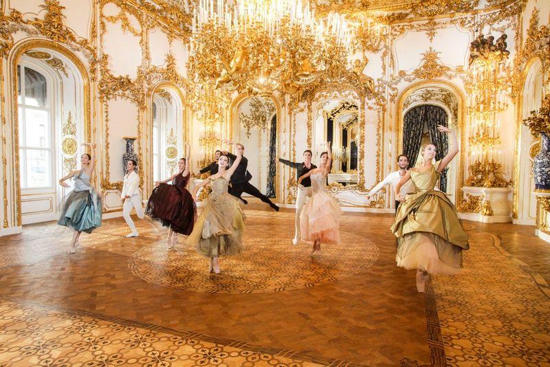 3. Vivienne-Westwood-for-the-Vienna-State-Ballet-02