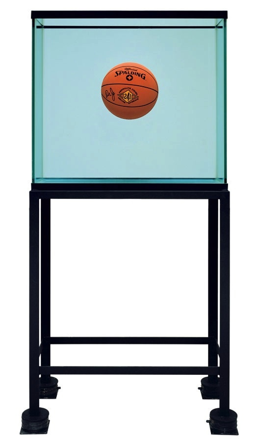 JeffKoons_One Ball Total Equilibrium Tank (1985)