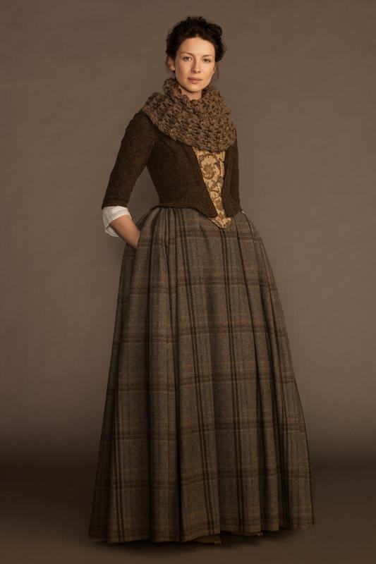 Outlander-Claire-Randall-Caitriona-Balfe-2