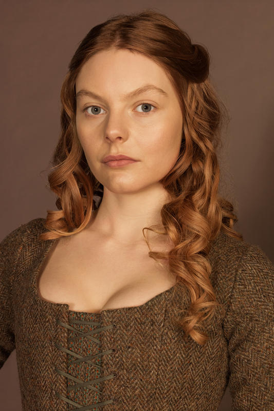 Outlander-Laoghaire-Nell-Hudson