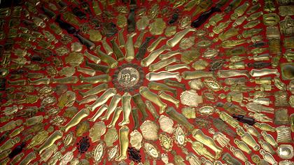 Il Santuario della Madonna dell'Arco e i Fujenti - Tradizioni e religione - Sant'Anastasia - Napoli - InCampania