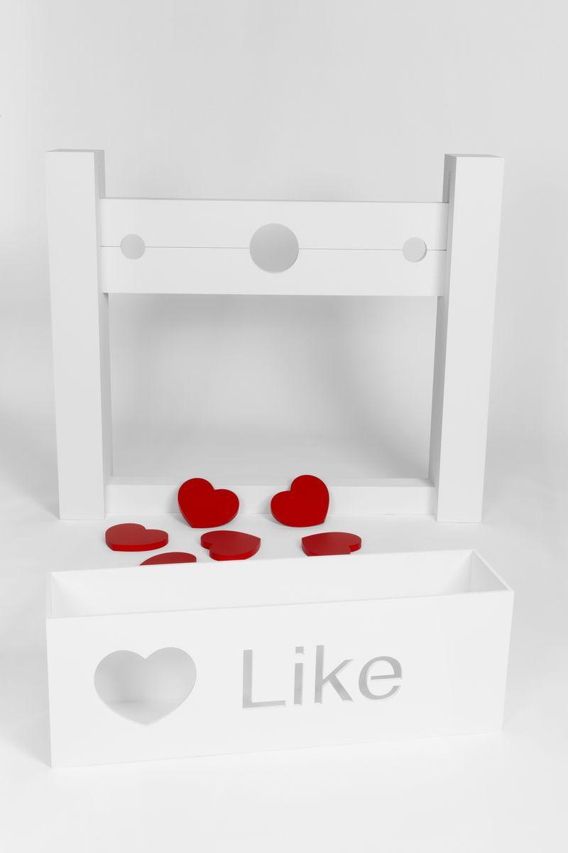 Like For Like 001, 2014, 140 x 120 x 300 cm