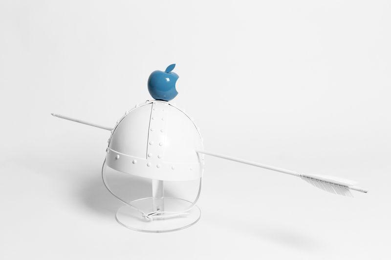 Target Audience Blue, 37 x 24 x 70 cm