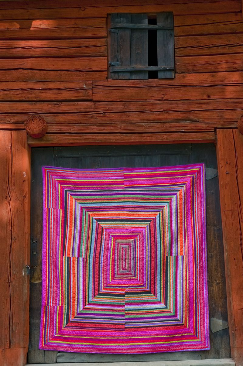 6. AMiB Kaffe Fassett - Striped City