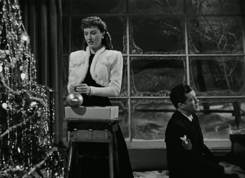 ChristmasinConnecticut_Screen8