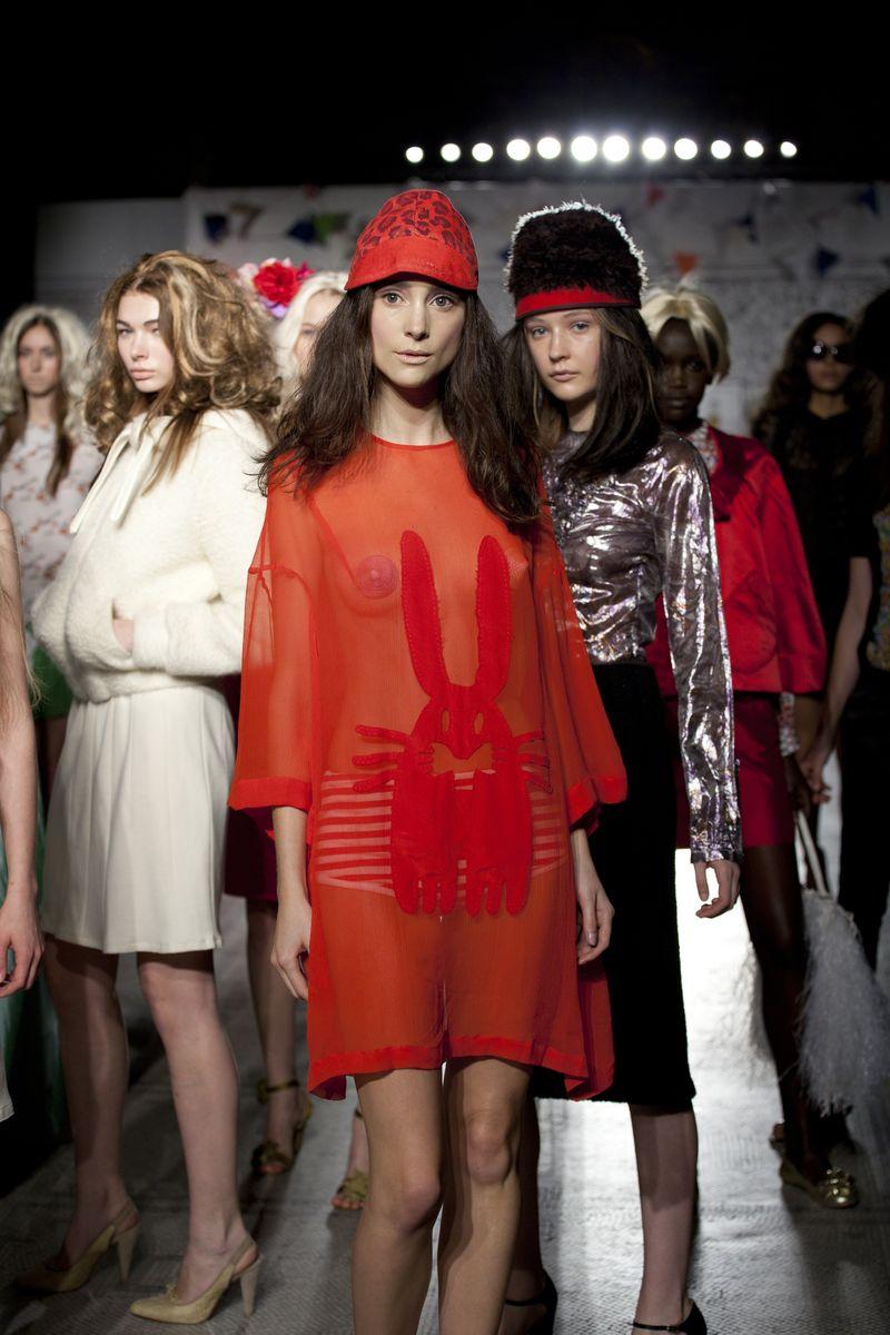 19._Fashion_in_Motion_-_Peter_Jensen