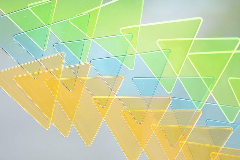 Sankakumado_geometric toys_playful window mosaic82-photographer-Nakano-Ougi