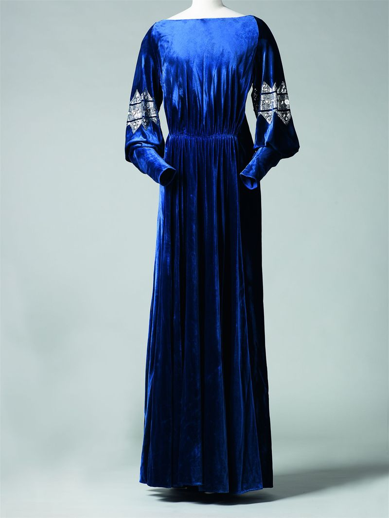 La Diva, 1935-36 -® Katerina Jebb (300)