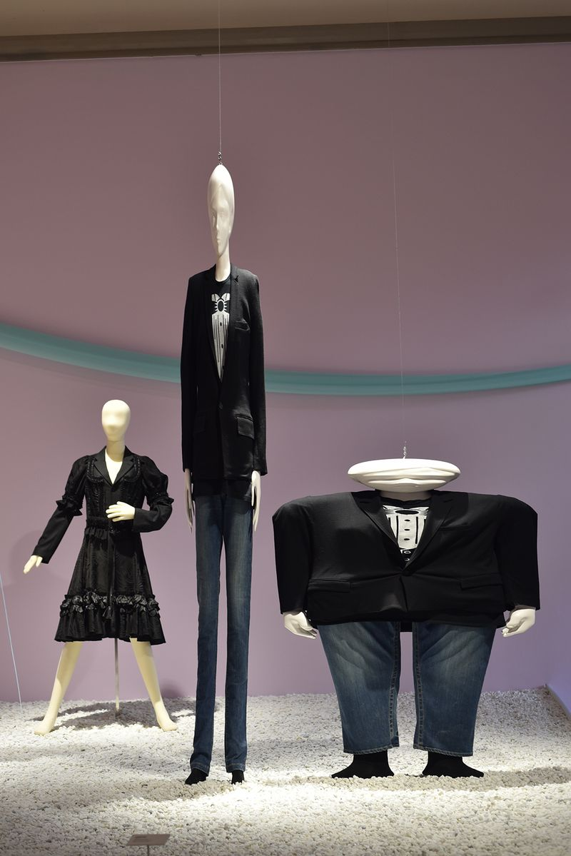 27 Utopian Bodies - Fashion Looks Forward Liljevalchs Resistance and Beauty Comme des Garcons for HM 2 x Anrealage Photo Mattias Lindback