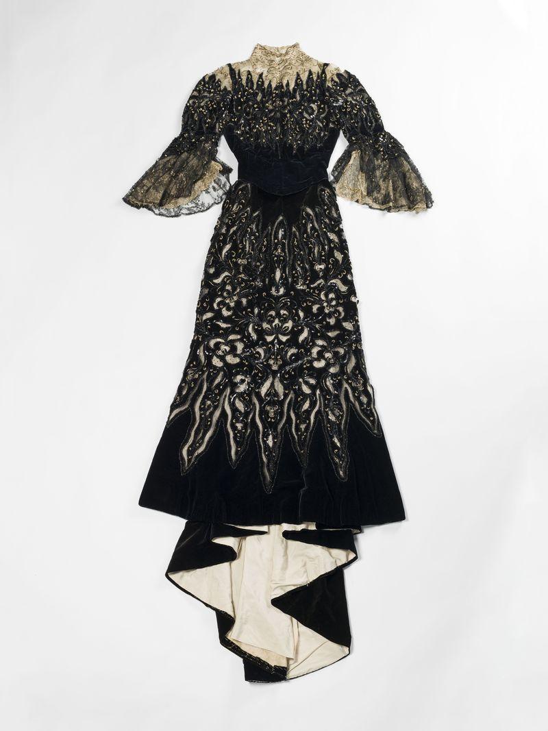 8 Beauchez, robe longue