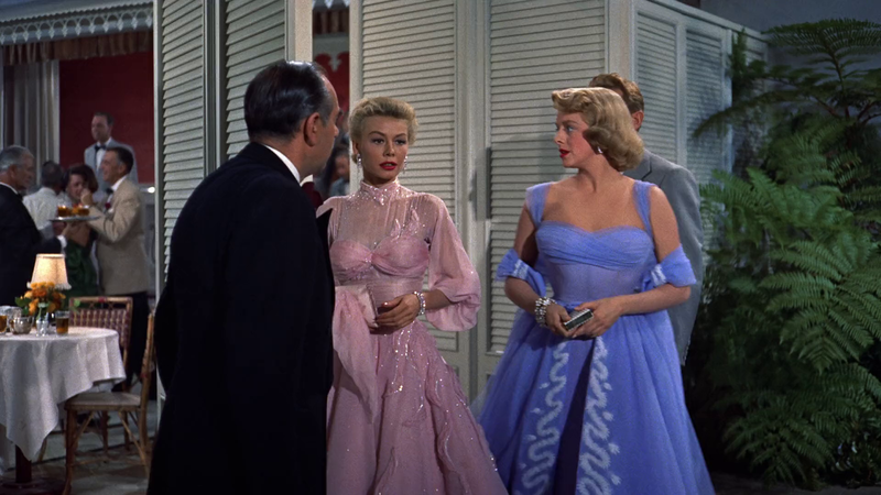 The Festive Mood On The Big Screen White Christmas 1954 By Michael Curtiz Irenebrination Notes On Architecture Art Fashion Fashion Law Technology