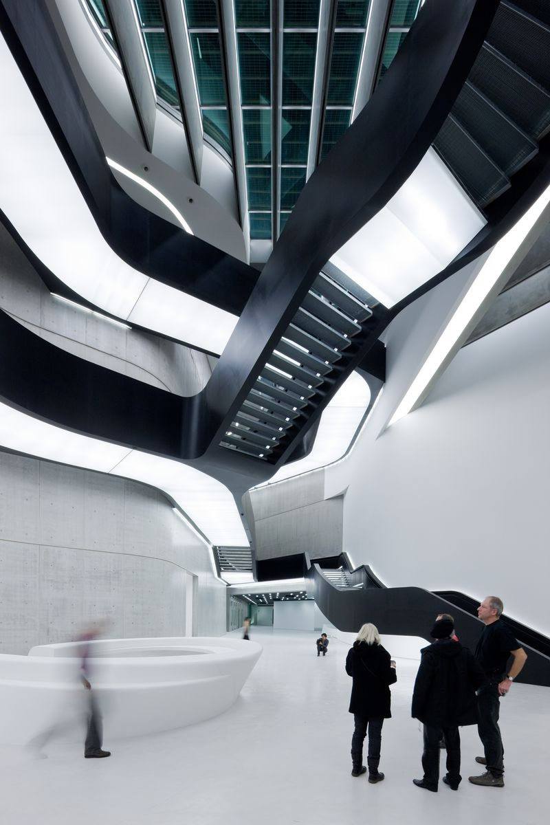 01. MAXXI Museum of XXI Century Art, Rome_photo Iwan Baan