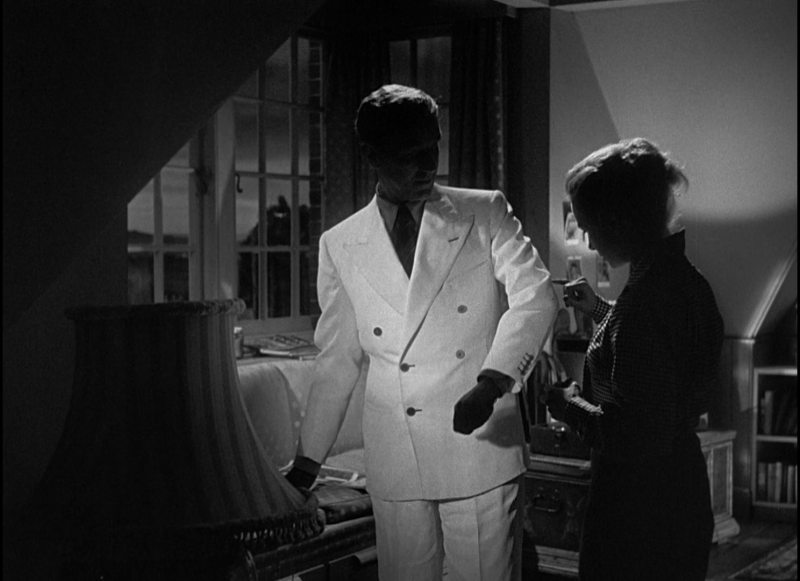 TheManInTheWhiteSuit_Screens_byAnnaBattista (46)