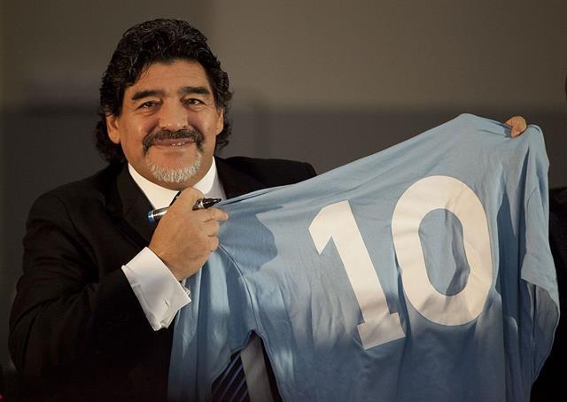 Maradona_10
