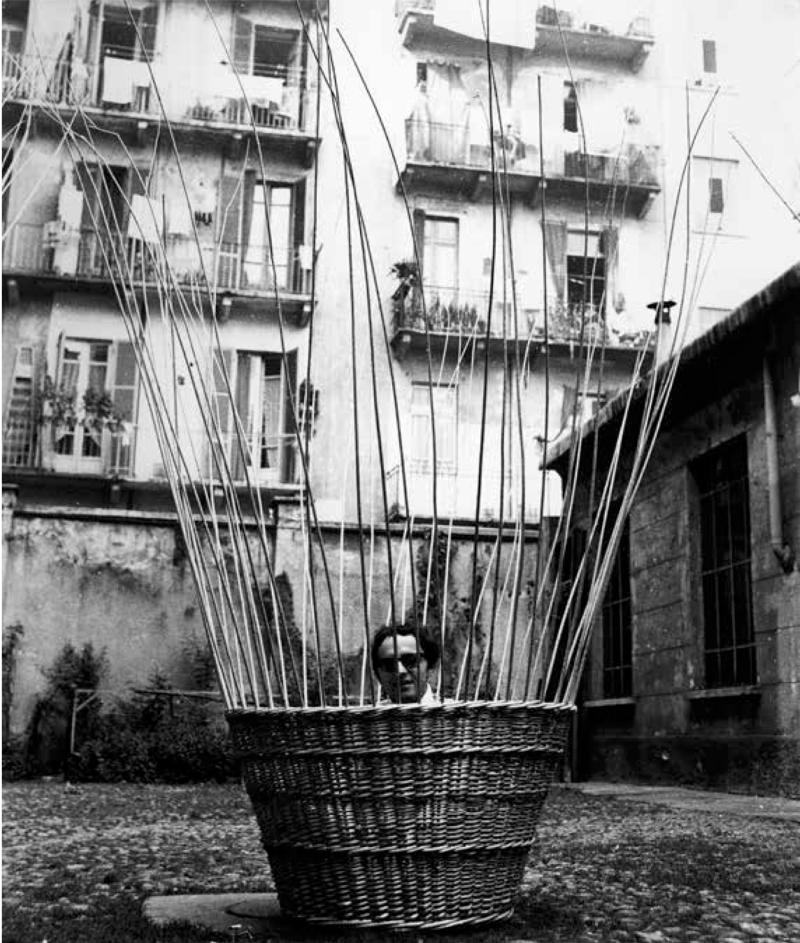 5_Ugo Nespolo  Senza titolo  1967  vimini intrecciato