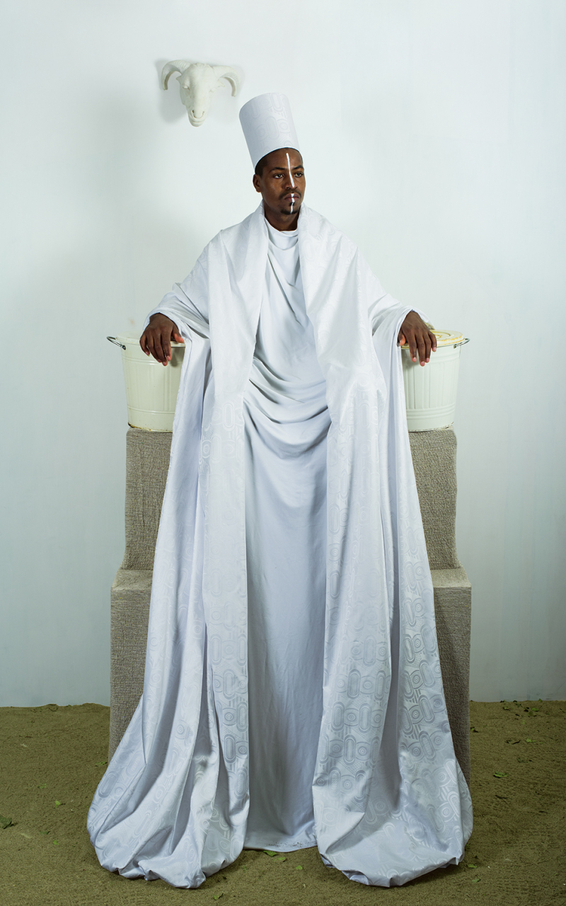 Maimouna Guerresi  Throne in White  2016  Lambda print  200 x 125cm  Fondation Alliances Collection  courtesy of the artist and Mariane Ibrahim Gallery