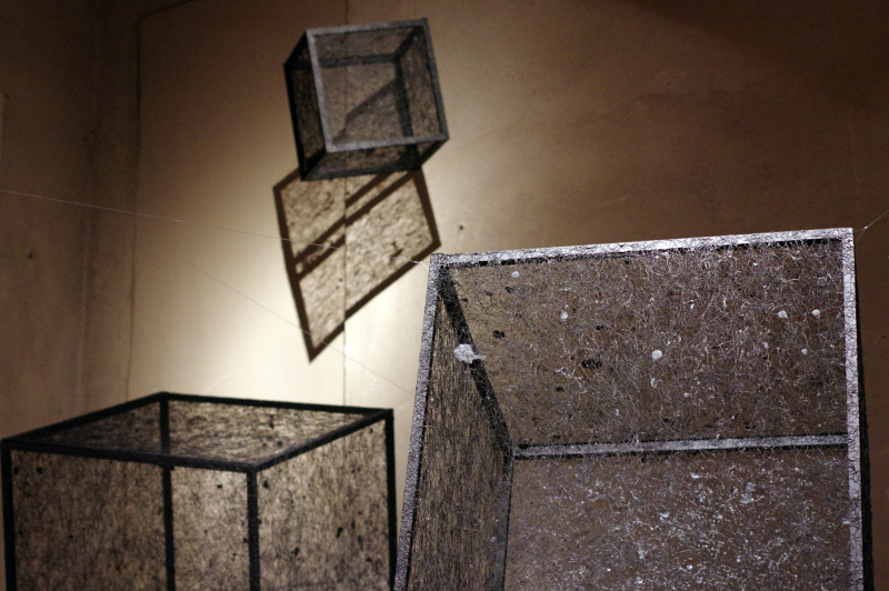 07 BORDERLINE MINIARTEXTIL COMO 2017 -Black Cubes Solos  Katharina Lehmann -  ph. Giuseppe Vitali