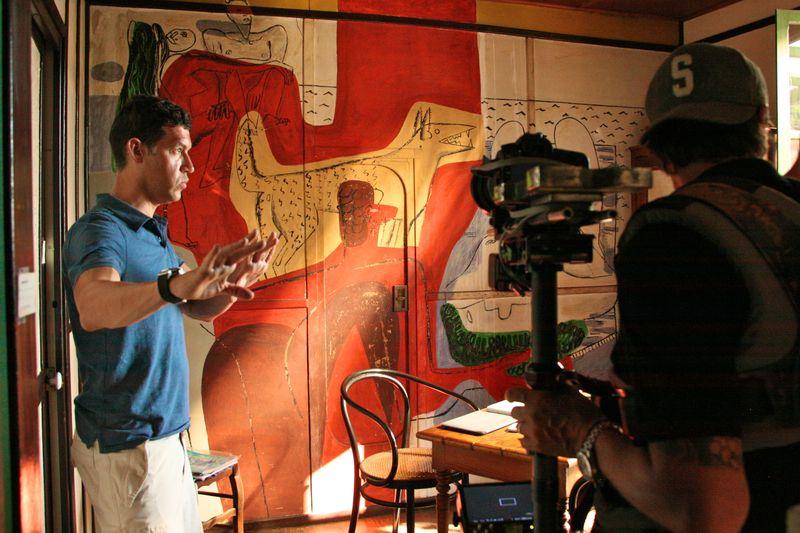 Gray Matters Marco filming at Eileen Gray Villa (1) @CelinaLafuenteDeLavotha