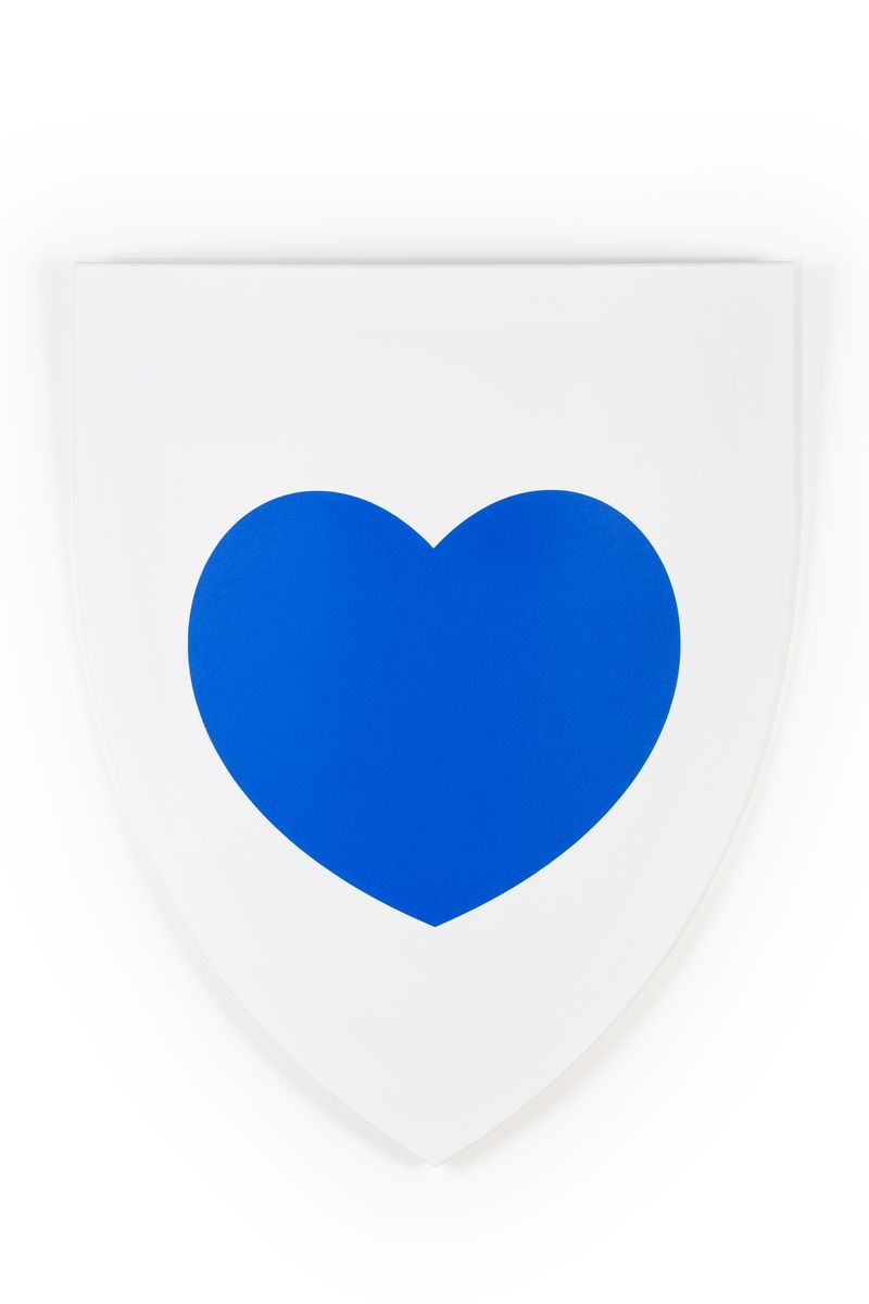 Heart Shield Blue, 2014, 62 x 53,5 cm