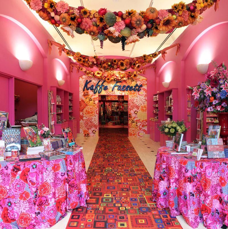 AMiB Kaffe Fassett - Gallery entrance