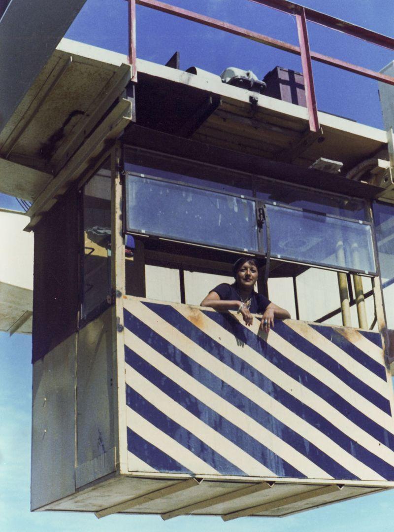 08_MonolithControversies_crane operator