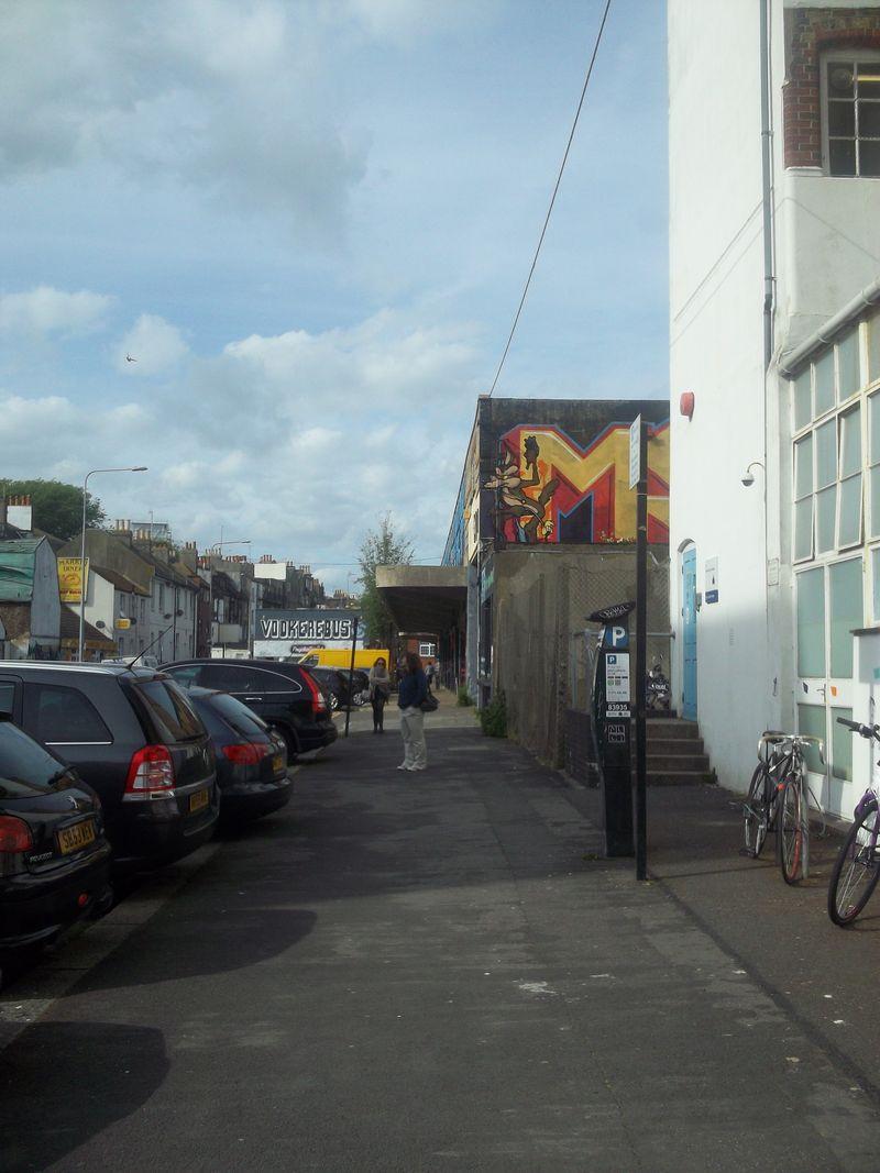 Brighton_CoyoteGraffiti_byAnnaBattista