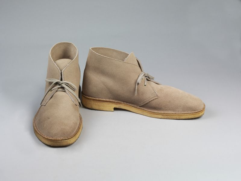Clarks_Desert_boots_light_brown_suede_1994
