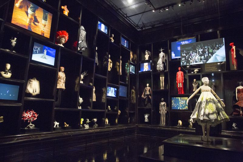 6._Installation_view_of__Cabinet_of_Curiosities_gallery_Alexander_McQueen_Savage_Beauty_at_the_VA_c_Victoria_and_Albert_Museum_London