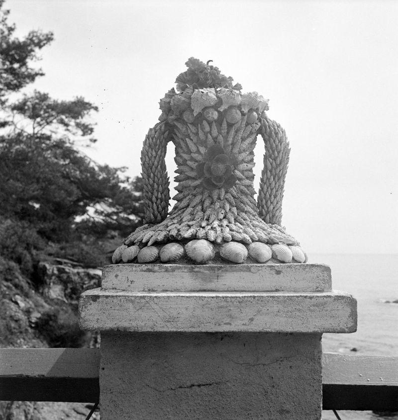 EileenAgar_Photograph of a Shell Motif